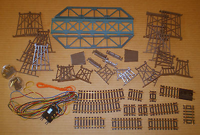 Lot Accessories For R/r Layout Ho