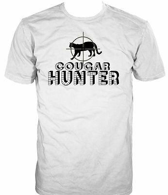 ALM786t-Mens Funny Slogans Sayings Tshirts Cougar Hunter T-Shirt