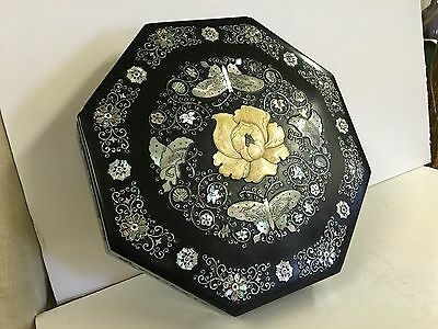 Chinese Lacquer Mother Of Pearl Inlay Butterfly Chrysanthemum Sweet Breads Box