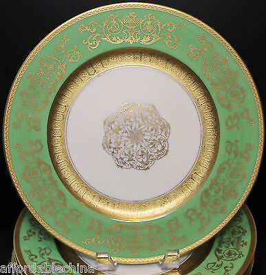Pickard Edgerton Set of 12 Gorgeous Green and Gold Gilt Cabinet Plates