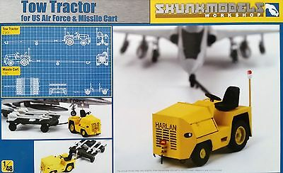 SKUNKMODEL 48028 US Air Force Tow Tractor & Missile Cart in 1:48