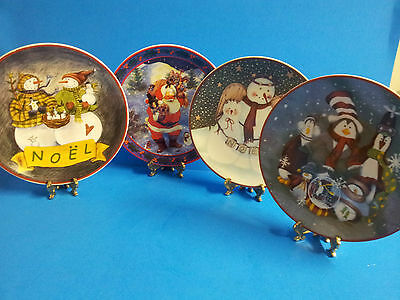 Lot of 4 Christmas Collector's Porcelain Plate