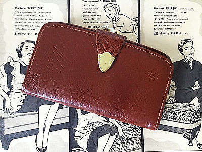 Vintage 50s 60s MAD MEN Era Womens Tan Brown Leather Purse Wallet. Kiss Clasp