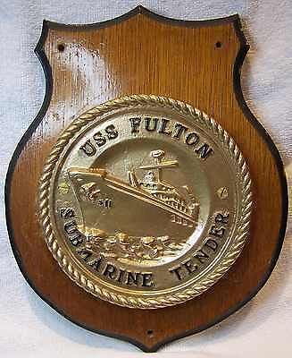 HEAVY BRASS USS FULTON AS-11 USN UNITED STATES NAVY SHIP'S BADGE PLAQUE q179
