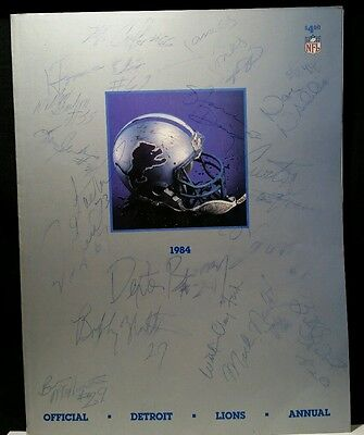 1984 Detroit Lions Team Yearbook WILLIAM CLAY FORD SR Signed BILLY SIMS HOF vtg