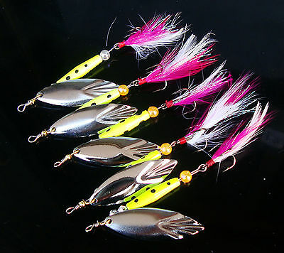 5PCS Fishing Fish Fly Spinner Spoon Lure baits  Feather Treble Hook 10g