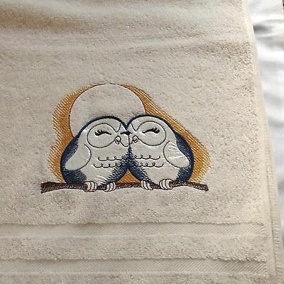 Birds Embroidered Bath Towel, Bird Gift, House Warming Gift, Embroidery