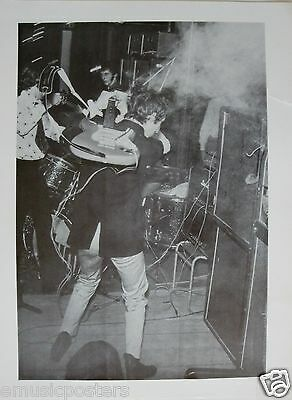 "THE WHO POSTER: ""CLASSIC EARLY 1960's SHOT OF PETE TOWNSHEND SMASHES GUITAR!!!"""