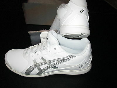 NEW In box Asics CHEER 7 Cheerleader Uniform Shoes White Leather Women's Size 5
