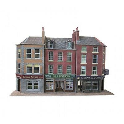 Metcalfe Low Relief Pub and Shops Kit OO HO PO205 Made in UK Scenery