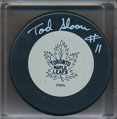 Autographed Tod Sloan Toronto Maple Leafs Puck