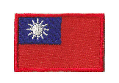 Petit écusson brodé patche patch thermocollant Taiwan 45x30 mm