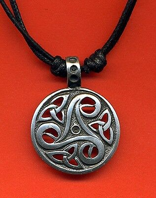 Pewter Celtic Knot Disc Pendant NEW Necklace Pagan Celt Wicca New Age