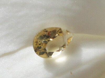 1 pear cut citrin perle quer gebohrt, 10x7mm, 1,8 ct.