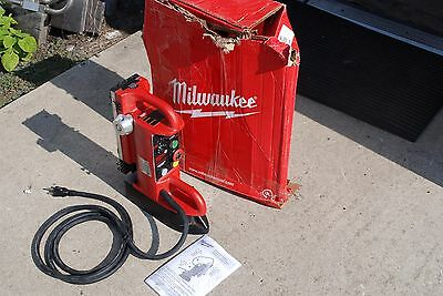 """Milwaukee 4202 Electromagnetic Drill Press Base, Fixed Position 9"""" Travel New"""