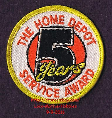 LMH PATCH Badge  HOME DEPOT Customer Merit  5 YEARS SERVICE AWARD Year  2-1/2""