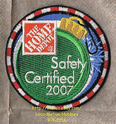 LMH PATCH Badge 2007 HOME DEPOT Certification Award SAFETY CERTIFIED Christmas