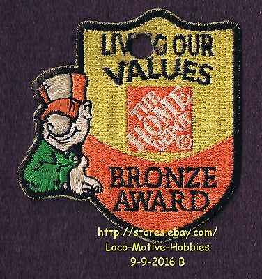 LMH PATCH Badge HOME DEPOT Living Our Values HOMER BRONZE AWARD Customer Service