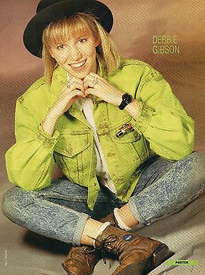Debbie Gibson        Mini Poster / Picture (MG47)