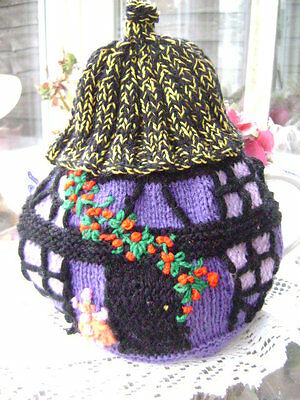 New Hand Knitted Rose Cottage Tea Cosy ~ Large