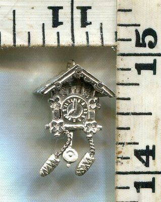 Vintage Sterling Bracelet Charm~#78073~Moving Weights And Pendulum Cuckoo Clock