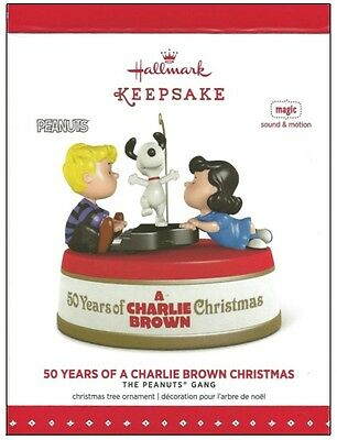 2015 Hallmark Peanuts 50 Years of a Charlie Brown Chirstmas Sound Motion Magic