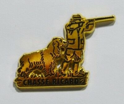 Pins Ricard Chasse Chasseur Chien Epagneul Pastis Metal Epais A.bertrand