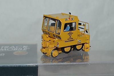 HO scale Broadway Limited US Navy military Trackmobile switcher locomotive DC
