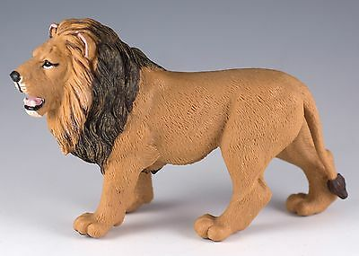 Safari Ltd. Lion Figurine Plastic Toy 2010 Zoo Animal