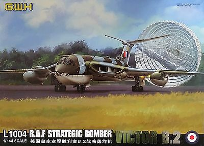 LION ROAR® G.W.H.™ L1004 R.A.F. Strategic Bomber VICTOR B.2 in 1:144