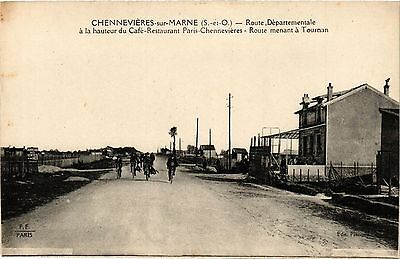 CPA Chennevieres - Route Departementale (275272)