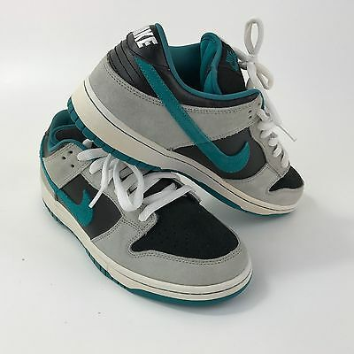 Nike SB Dunk Low Pro Skateboards shoes size 9 USA