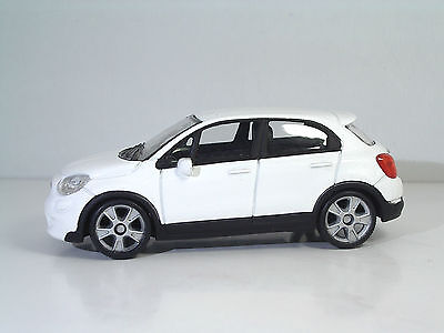 "MondoMotors 53140 FIAT 500X ""White"" - METAL 1:43"