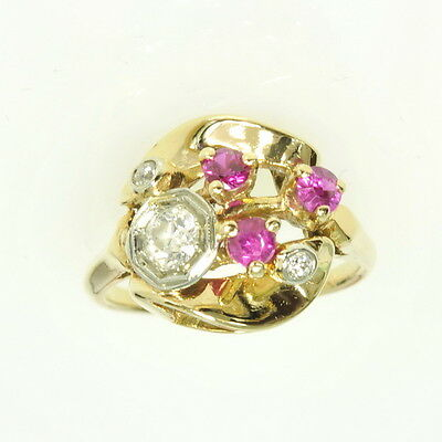 Vintage 14k Yellow Gold 1/3 Cttw Diamond & Ruby Cocktail Dinner Estate Ring