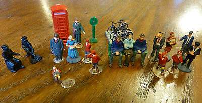 Hornby 00 Gauge Platform figures, phone box, bicycle stand, seat scales JOB LOT
