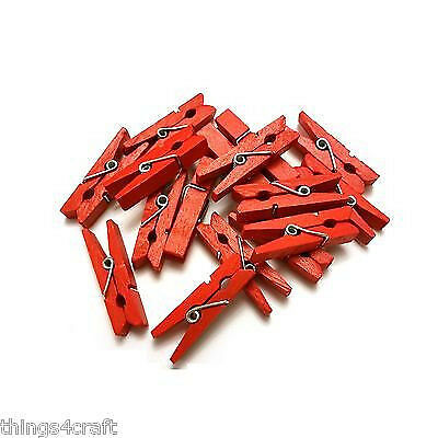 25 Red Mini Pegs 3.5cm - Wood