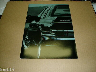 1993 Lincoln Continental Signature sales brochure dealer car auto literature