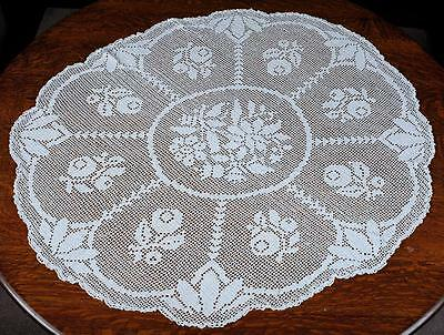 Vintage Round Crocheted Table Topper/table Cloth - White/floral Pattern