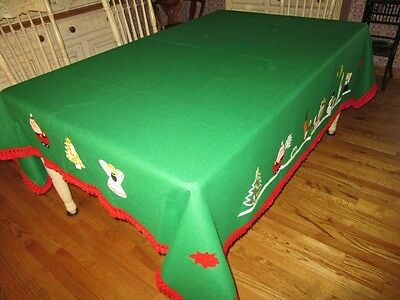 "Unique Vtg large Size 90"" x 74"" Green Felt Sequin Decorated Christmas Tablecloth"