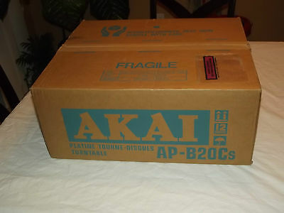 AKAI AP-B20C Vintage Turntable with box manual and cartridge