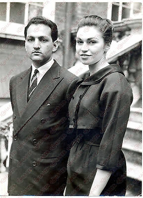1959 LONDON Prince Mukarram JAH and his wife Esra BIRGEN at HYDERABAD HOUSE