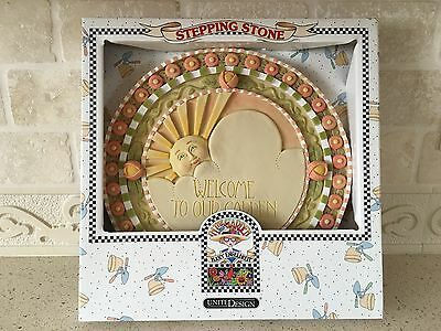 Vintage Mary Engelbreit (Retired) 3013 Welcome to our Garden Stepping Stone / BN
