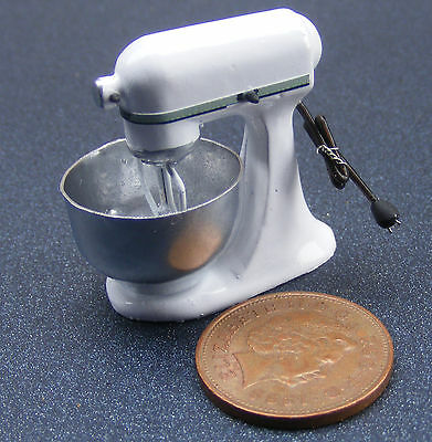 1:12 Scale Non Working White Food Mixer Dolls House Miniature Kitchen Accessory