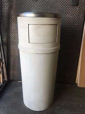 Rubbermaid Ash/Trash Can Container with Doors