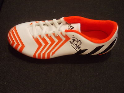 Bryan Robson Signed Football Boot Coa Manchester United England Legend New