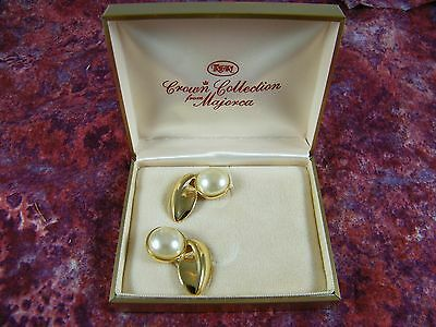 Vintage Trifari Crown Collection Faux Pearl / 14K Gold Filled Earrings 9319