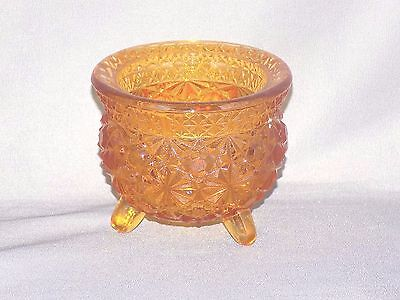 L G Wright Amber Button & Daisy Footed Cauldron (Missing Metal Handle) 2 1/2""