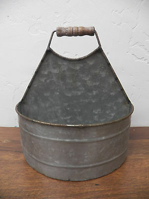 Industrial Galvanized 2 Side Oval Bucket Wood Handle Tote Bucket Berry Caddy