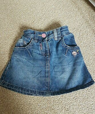 Girls NEXT skirt size 2-3y in very good condition