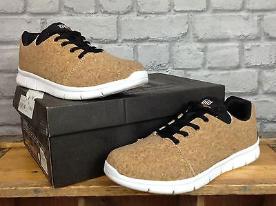 Oill Trainers Mens Uk 8 Cork Prague Solid Signature Trainers Rrp £69.99